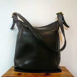 VTG Coach No. M8P-9060 Bucket Style Hobo Bag